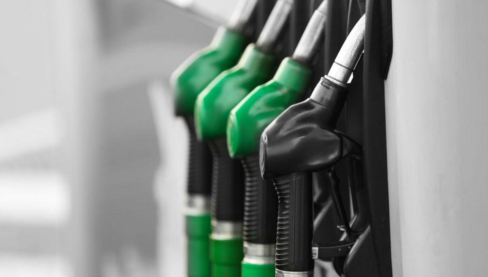 gasolina y diesel en dispensador