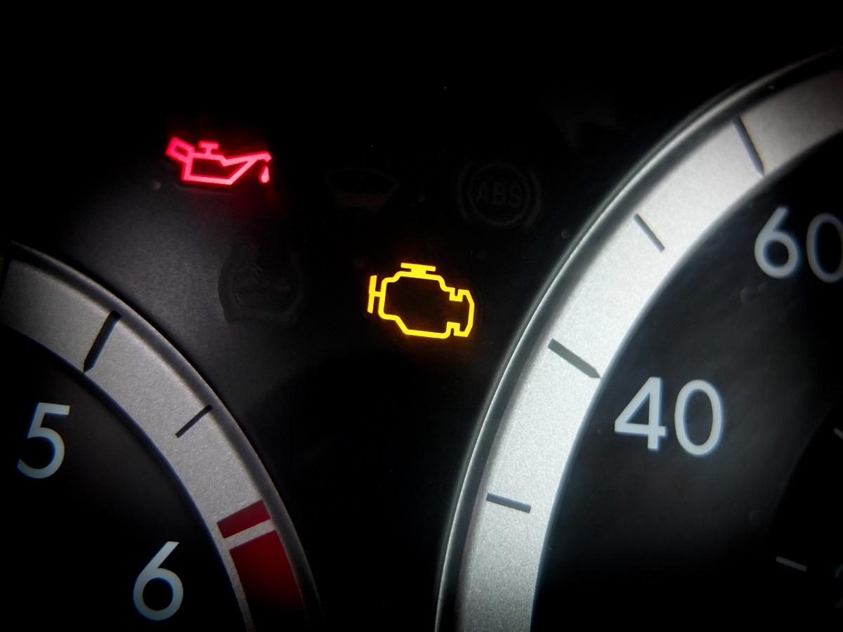Qué Es La Luz De Check Engine Y Como Apagarla