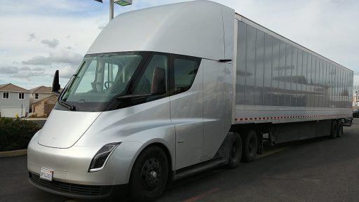 Características del Camión Tesla